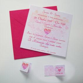 Partecipazione quadrata cuore di fiori sfumata arancio e rosa