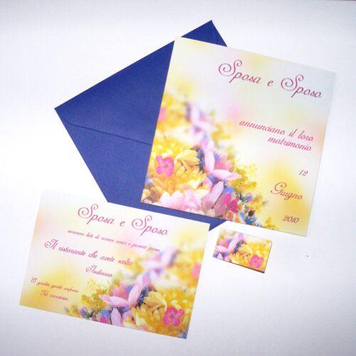 Partecipazione quadrata fiori gialli e lilla