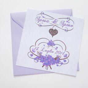 Partecipazione quadrata cuore e fiori lilla