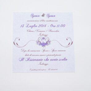 Partecipazione quadrata cuore e fiori lilla retro