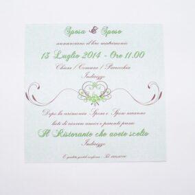 Partecipazione quadrata cuore e fiori verde retro