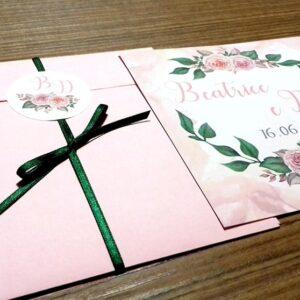 Partecipazione quadrata rose romantica prospettiva
